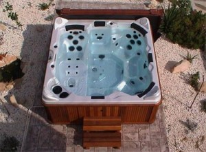 Hot Tub Buyer's Guide