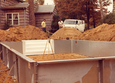 How do they build an inground swimming pool - Steps to build an inground swimming pool ...