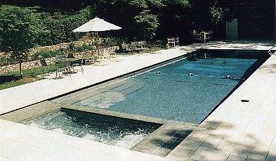 Rectangle Pool With Spa how many gallons of water are in my pool