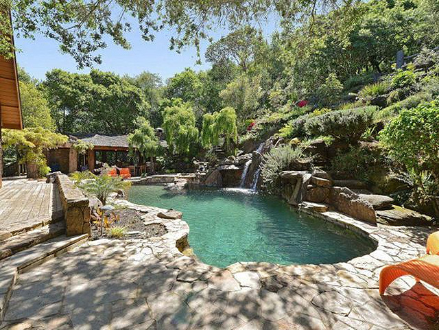 Celebrity Pools – Best Of 2019
